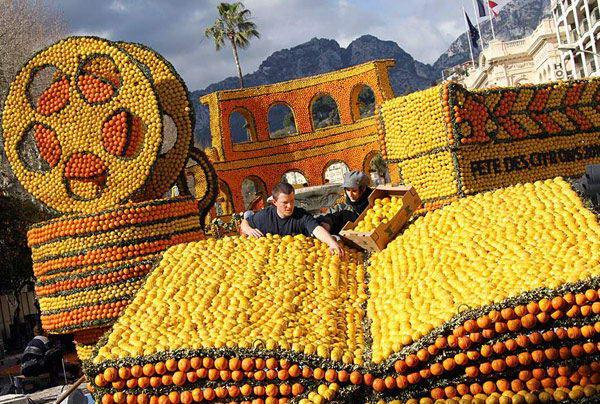 The 77th Lemon Festival takes place from 12 February to 3 March 2010. Each year the festival follows a given theme, this year it is