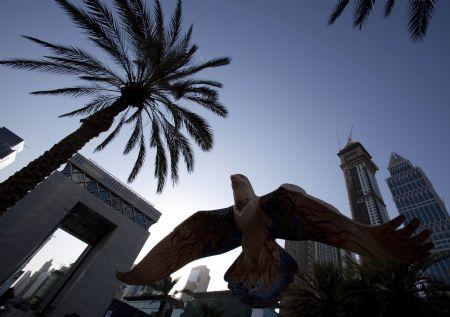 Dubai'sstockmarketisclosedonthefirstdayofthelongEidal-AdholidayinDubai,November26,2009.DubaihasaskedcreditorsatflagshipfirmsDubaiWorldandpropertydeveloperNakheel,todelayrepaymentonbillionsofdollarsofdebtwiththeannouncementappearedtobetimedtominimiseitsimpactonregionalmarkets.(Xinhua/ReutersPhoto)