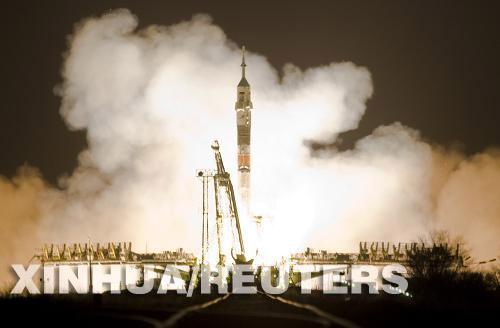 روسيا تطلق مركبة فضاء مأهولة الى محطة الفضاء الدولية