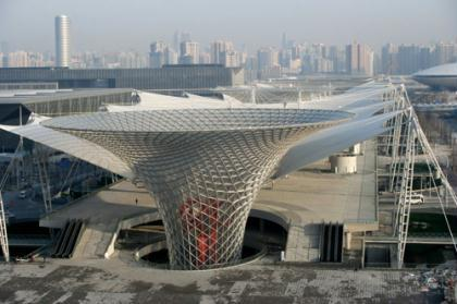 "The photo taken on March 12, 2010 shows the Sunshine Valley, bringing natural light and fresh air into Word Expo Axis in 2010 World Expo Site, east China's Shanghai Municipality. A series of pavilions of 2010 World Expo are designed and constructed with the idea of ""Low-carbon World Expo"".  (Xinhua/Cheng Qianjun)"