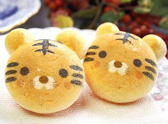 可爱的日本动物糖果
