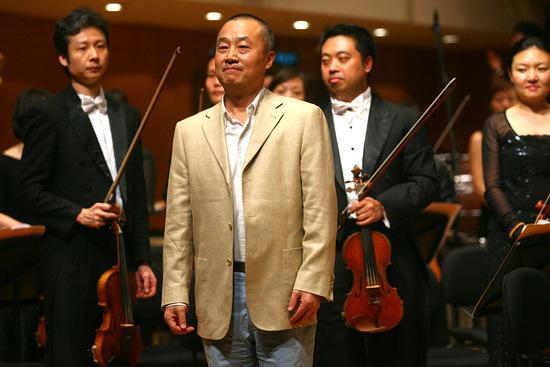 指挥家阎惠昌先生