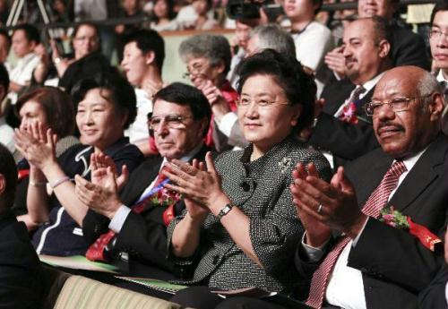 Chinese State Councilor Liu Yandong (R2) watches performances at the Second Arab Arts Festival in Beijing, capital of China, June 21, 2010.(Xinhua/Xie Huanchi)