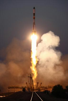 A Russian cargo spaceship is sent to the International Space Station (ISS) from the Baikonur cosmodrome in Kazakhstan June 30, 2010. (Xinhua/AFP Photo)