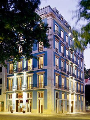 Superbly located in the historic centre of Lisbon, the Heritage Av Liberdade is a small luxury boutique hotel making a perfect place to unwind in style, luxury and old-world elegance.