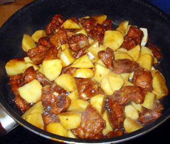 香辣排骨焖土豆-土豆做法大全 饮食台