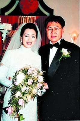 巩俐和黄和祥,14年的婚姻仍是扑朔迷离。