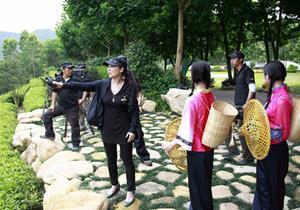 中央新影集团《大迁徙》摄制组走进漳浦 预计2011年制作完成 - 中央新影 - 中央新影官方博客