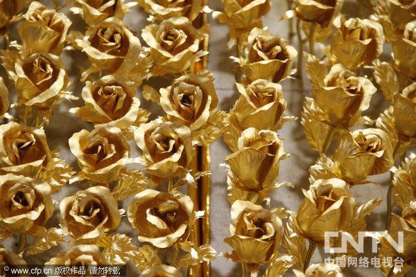 1999朵24K金箔玫瑰
