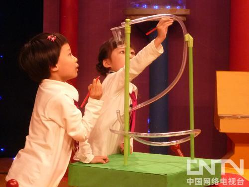 科学泡泡:磁铁游戏