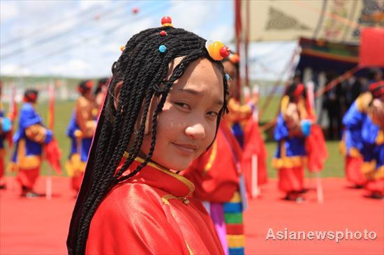 nagqu girls Find this pin and more on tibet : costume by sofyat bhutia girl in traditional costume with hen party themes & fancy dress ideas | pinterest tibet nagqu see.