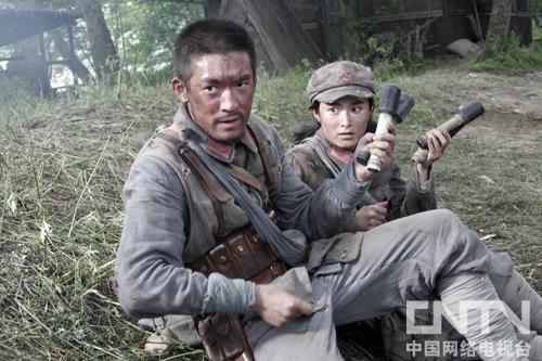 《战争不相信眼泪》张博变身铁血硬汉