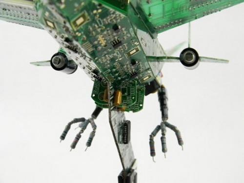 废旧电路板创作的系列艺术品-动画片台-中国网络电视