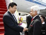 Си Цзиньпин прибыл в Бангкок с визитом в Таиланд