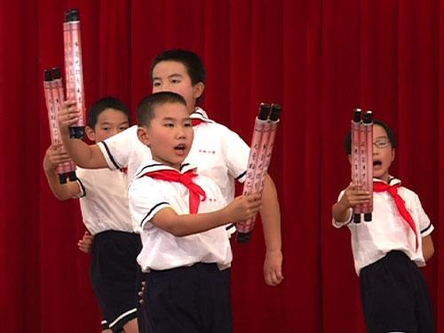江山市淤头小学表演婺剧歌曲《清明》