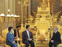 Entretien entre le président chinois et le roi du Cambodge