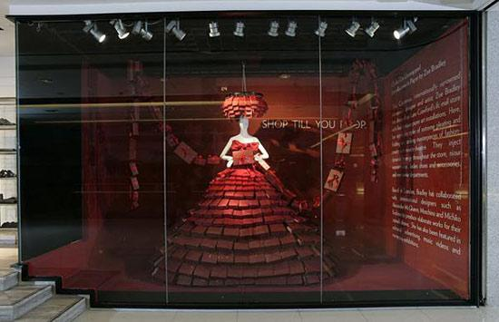 zoe bradley时尚纸艺橱窗及服装设计作品
