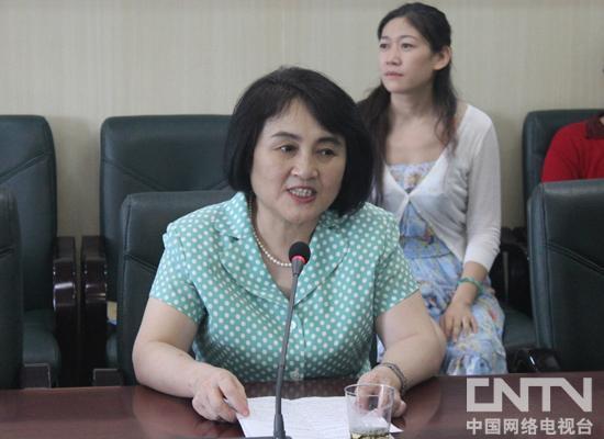 北京市政协副秘书长、民革北京市委专职副主委于雪鹰讲话