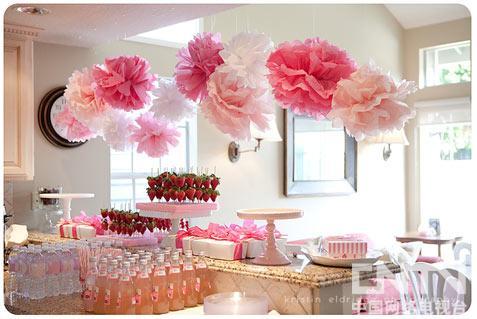 BabyShower通常会选择温馨的场地,图为粉色主题BabyShower