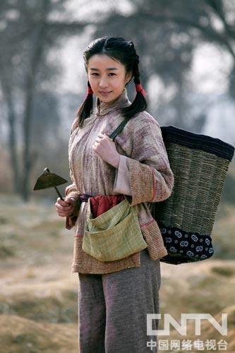 陶慧娜饰演玲珑