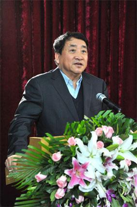 著名相声艺术家姜昆发表讲话