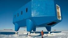会移动的南极科考站