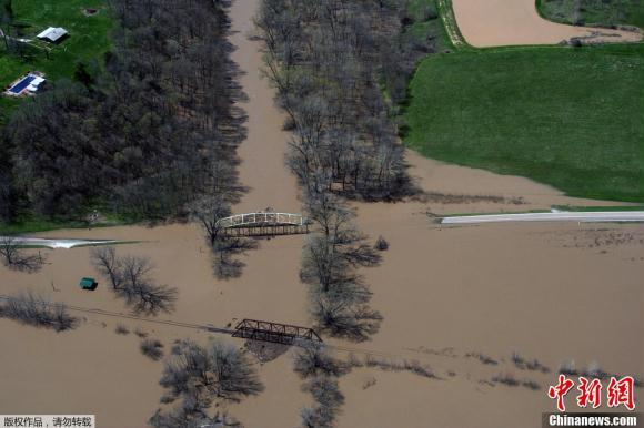 الفيضانات تغمر ميسيسيبي الولايات المتحدة بسبب هطول الأمطار