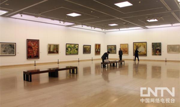 韩美林艺术大展2011年12月26日至2012年2月8日在中国国家博物馆举行。这是国家博物馆历史上首次艺术家个展,展出了韩美林绘画、书法、雕塑、陶瓷、设计等门类的新作3200余件,吸引了观众近50万人次。
