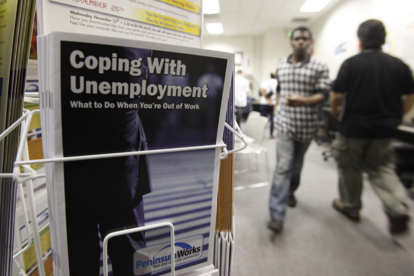 美国就业危机继续恶化 民众抱怨救济金难落实