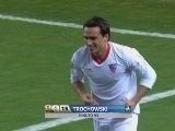 <a href=http://sports.cntv.cn/20120220/110875.shtml target=_blank>[西甲]第24轮:塞维利亚2-0奥萨苏纳 进球集锦</a>