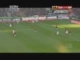 <a href=http://sports.cntv.cn/20120423/107019.shtml target=_blank>[德甲]第32轮:汉诺威VS弗赖堡 下半场</a>