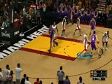 《NBA 2K13》实机演示 湖人vs热火