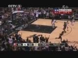 <a href=http://sports.cntv.cn/2013/06/17/VIDE1371430447784237.shtml target=_blank><font color=#a9e2f3>[爱看NBA]总决赛6月17日:热火VS马刺 第一节</font></a>