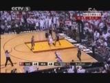 <a href=http://sports.cntv.cn/2013/06/21/VIDE1371784445679624.shtml target=_blank><font color=#a9e2f3>[爱看NBA]总决赛6月21日:马刺VS热火 第三节</font></a>