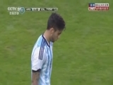 [世界杯]阿尔瓦雷斯中场断球 长驱直入低射建功