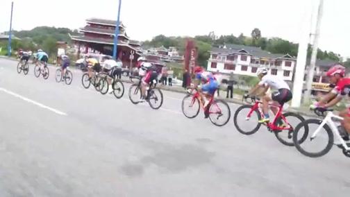[自行车]多彩贵州自行车联赛安顺经开区站 第一比赛日