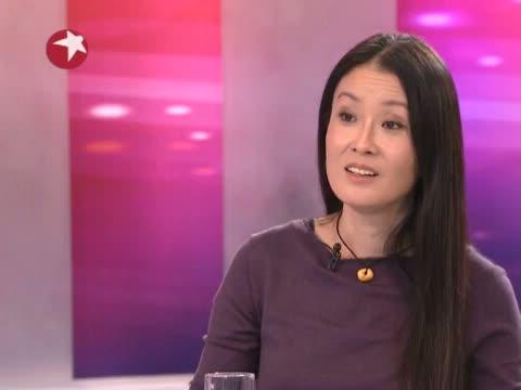 [杨澜访谈录]王秋杨:登山让我学会给生活做减法 20121214