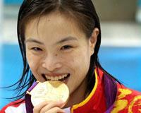 吴敏霞六枚奥运奖牌比肩郭晶晶
