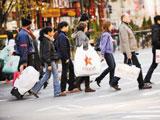 第41期:欧美购物季扫货hold不住 消费观念大不同