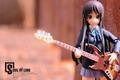 《轻音美少女》手办:吉他手秋山澪