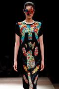 马赛克的艺术!日本时装周8位游戏服饰特别亮眼