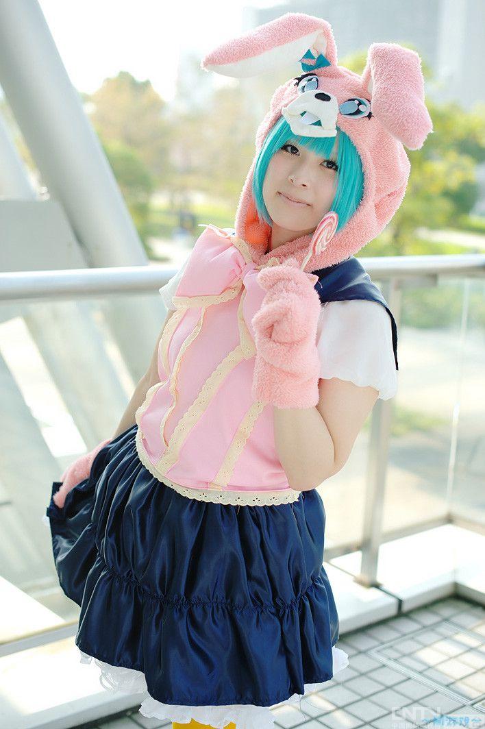 可爱小女生粉色兔子cos