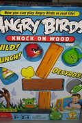 《愤怒的小鸟》桌面版