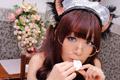 原本cos猫咪女仆就够可爱的了 她居然还加个眼镜
