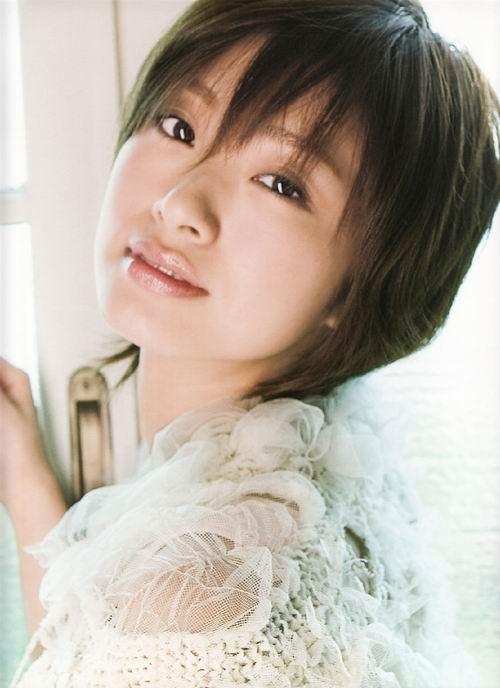 治愈系美女 日本最美笑容的游戏代言女星