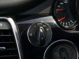 保时捷-Panamera中控方向盘图片