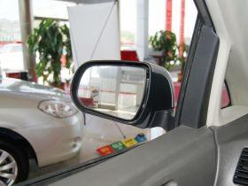 比亚迪-比亚迪M6车厢内饰图片