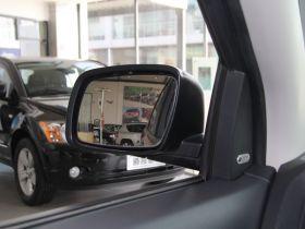 道奇-酷威车厢内饰图片