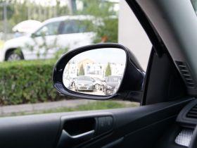 大众-PASSAT车厢内饰图片
