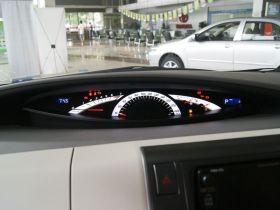 丰田-普瑞维亚中控方向盘图片